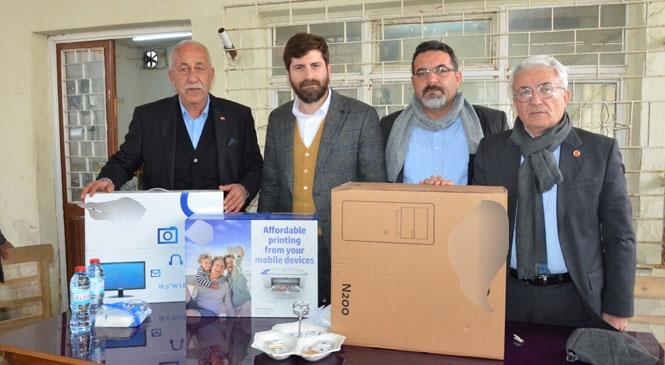 Mersin Büyükşehir'den Tarsus'taki Muhtarlara Bilgisayar
