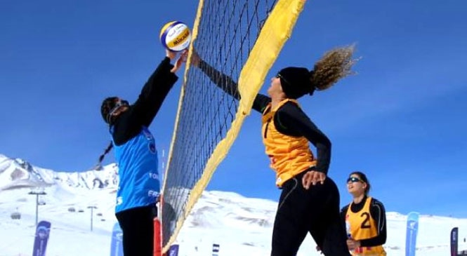 Kar Voleybolu Türkiye Şampiyonası Toroslar'da! Kar Festivali Servis Saati ve Güzergahları