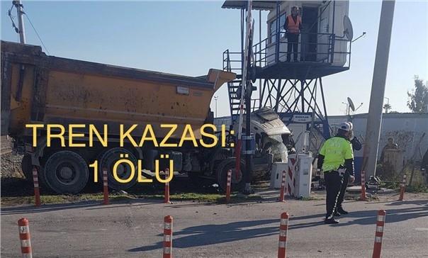 Mersin'den Adana'ya Giden Tren Bağcılar Hemzemin Geçidinde Tıra Çarptı: Köksal Karabulut Hayatını Kaybetti