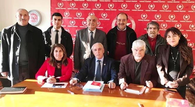 Vatan Partisi Mersin İl Başkanlığına Seçilen Ali Rıza Taşdelen Yeni Yönetimini Tanıttı