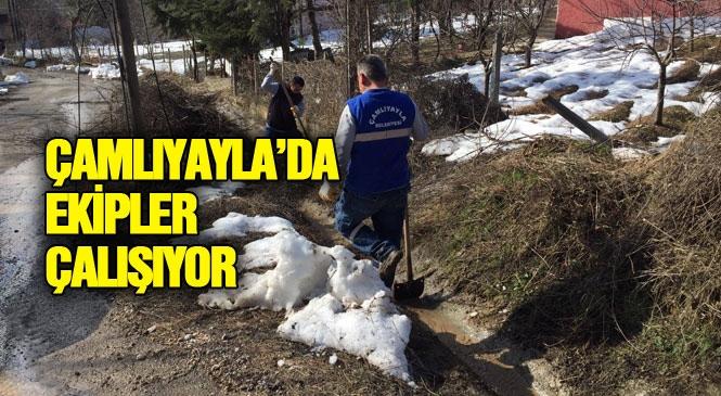 Çamlıyayla İlçe Belediyesi Ekiplerince Kent Genelinde Yapılan Temizlik İşleri Devam Ediyor