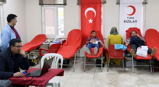 Akdeniz Belediyesi'nden Kan Bağışı Kampanyasına Destek