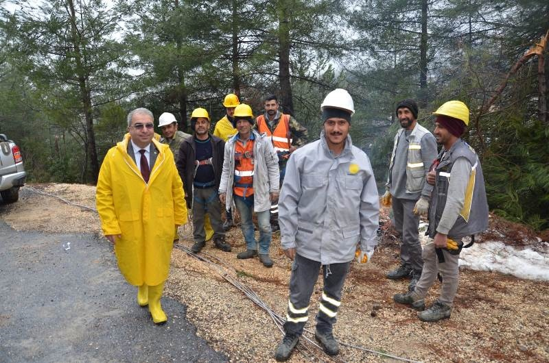Mersin Çamlıyayla 24 Saattir Ayakta ''Nüfusu Küçük Hizmeti Büyük Belediye''