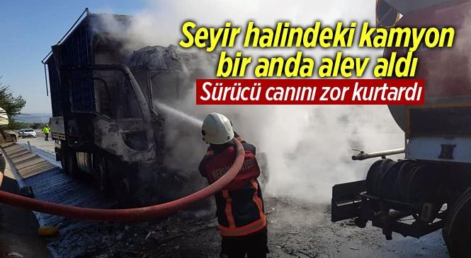 Mersin'de Otoyolda Kamyon Alev Alarak Yandı