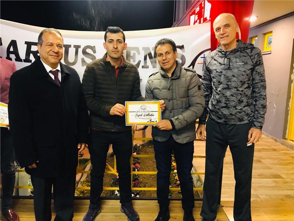Tarsus Tenis Kulübünde 2019 Defi Turnuvasında Derece Alan Tenisçilere Kupaları, Yeni Üyelere İse Sertifikaları Verildi
