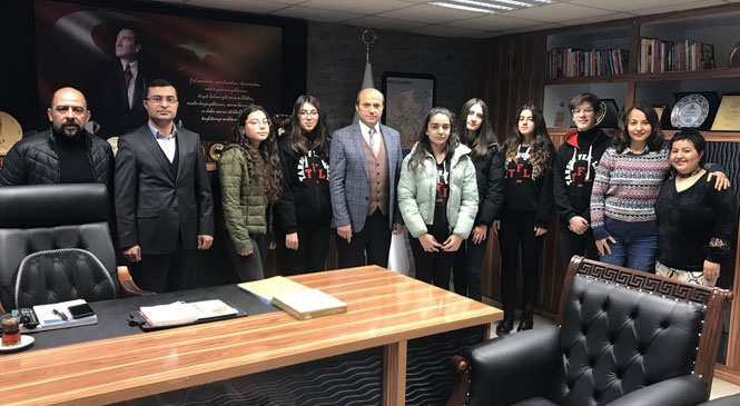 Tarsus Şehit Halil Özdemir Fen Lisesi Erasmus Ekibi İtalya Hareketliliğinden Döndü