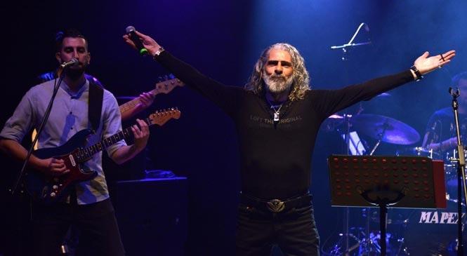 Yenişehir Barış Manço ve Cem Karaca'yı Şarkılarıyla Andı
