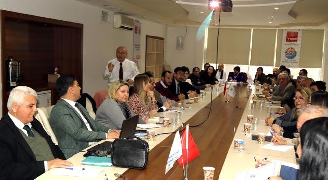 Akdeniz'de Hizmet İçi Eğitim Programları Devam Ediyor