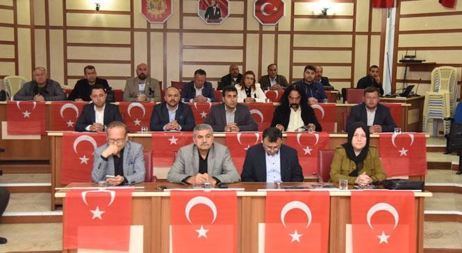 """Anamur Belediye Meclisinde """"İdlib Şehitleri"""" Anıldı"""