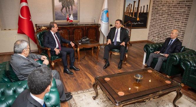 Kırgız Cumhuriyeti Büyükelçisi Ömüraliyev Başkan Seçer'i Ziyaret Etti