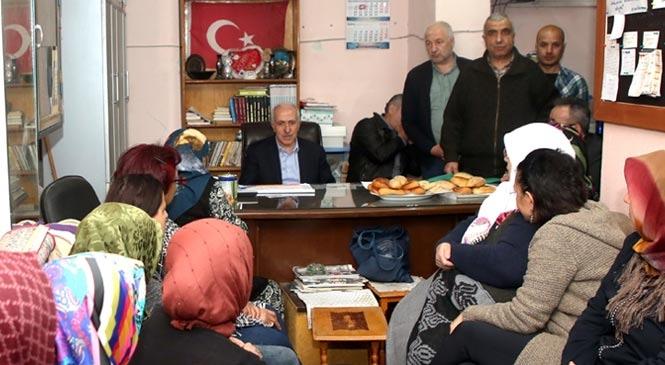 Akdeniz Belediye Başkanı M. Mustafa Gültak; Bahçe Mahallesi Sakinlerini Dinledi