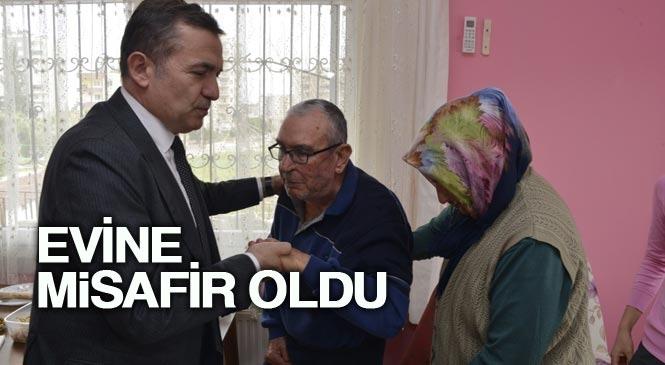 Yenişehir Belediye Başkanı Abdullah Özyiğit, Ziyaretine Gelemeyen Hüseyin Amcayı Ziyaret Ederek, Evine Misafir Oldu