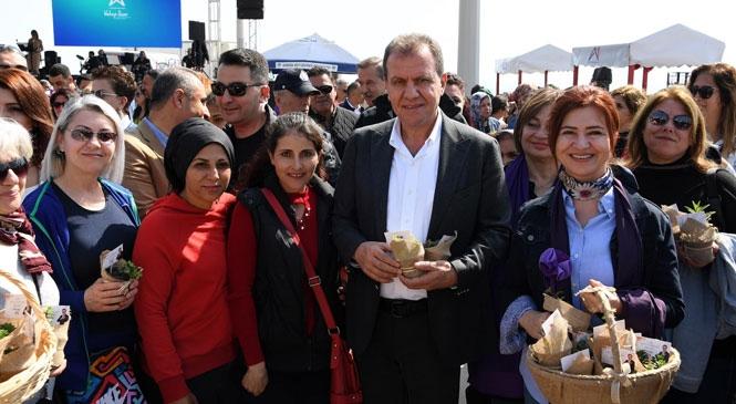 Mersin'de Dolu Dolu Kadınlar Günü Etkinliği, Mersinli Kadınlar 8 Marta'ki Mor Kortejde Buluştu