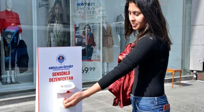 Sensörlü Dezenfektanlar Yenişehir'in Dört Bir Yanında