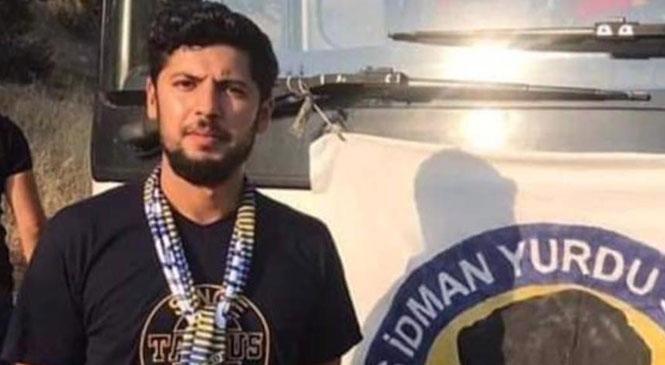 Tarsus İdman Yurdu Taraftar Grubunun Önemli İsimlerinden 29 Yaşındaki , Mustafa Boran Çalıştığı İş Yerinde Ölü Bulundu