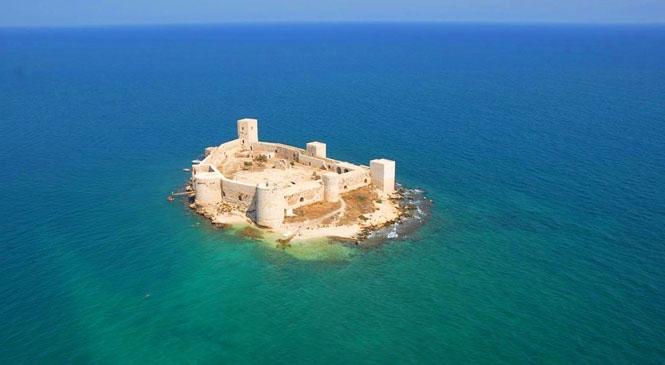 Mersin'in En Popüler Noktası Kızkalesi'nde En Konforlu Otel Seçenekleri