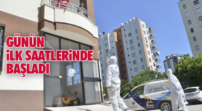 Yenişehir Belediyesi, İki Günlük Sokağa Çıkma Yasağı Nedeniyle Vatandaşların Mağdur Olmaması İçin Harekete Geçerek, Vatandaşın Evine Kadar Ekmek Dağıttı