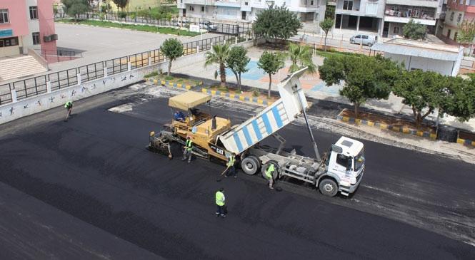 Mersin'de Yol Yapım, Bakım ve Onarım Çalışmaları Aralıksız Sürüyor! Heyelandan Asfalta Kadar Tüm Ekipler Görev Başında