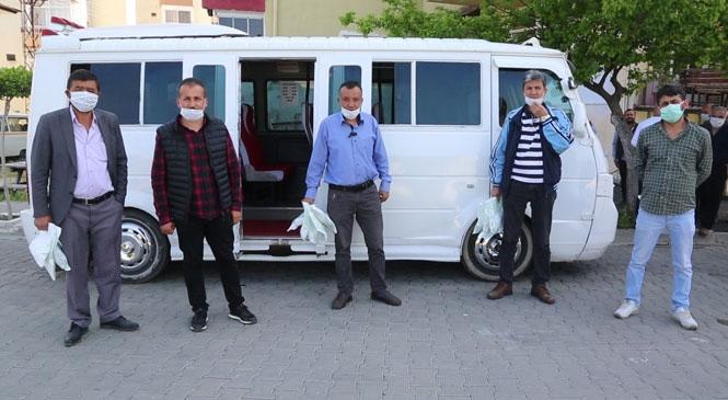 Erdemli'de Koronavirüs Salgınıyla Etkin Mücadelesini Sürdüren Erdemli Belediyesi, Şoför Esnaflarını da Unutmadı