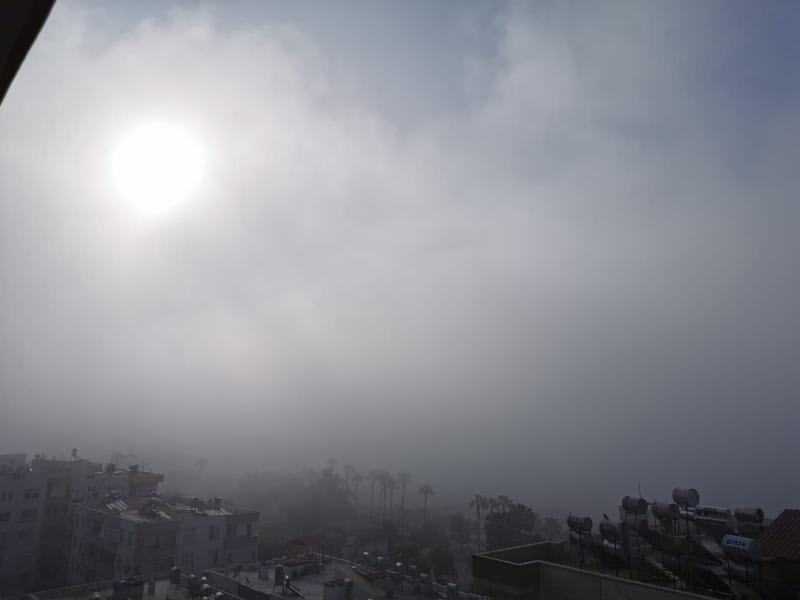 Mersinliler 20 Nisan Sabahına Sisle Uyandı