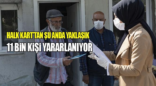 Mersin Büyükşehir, Halk Kart Başvurusu Onaylanan 65 Yaş Üzeri Veya Özel Durumu Olan Kişilerin Kartlarını Evlerine Götürüyor