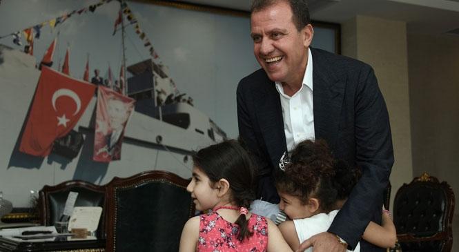 Başkan Seçer'den 23 Nisan Ulusal Egemenlik ve Çocuk Bayramı Mesajı