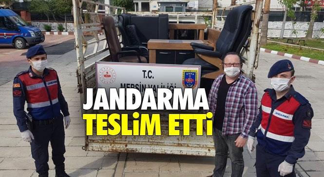Mersin Erdemli Tömük'teki Bir Otelden Yapılan Hırsızlık Olayında Çalınan Eşyalar Jandarma Tarafından Sahibine Teslim Edildi
