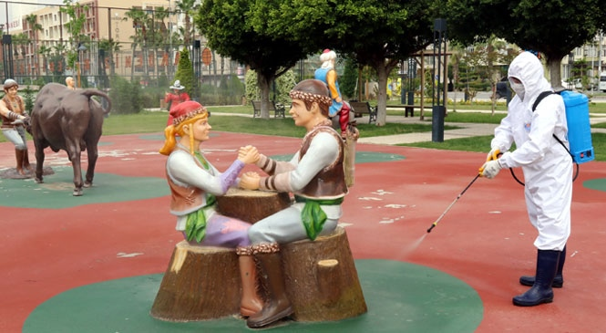 Akdeniz'in Parkları Yaşlılar ve Çocuklar İçin Hazırlanıyor!