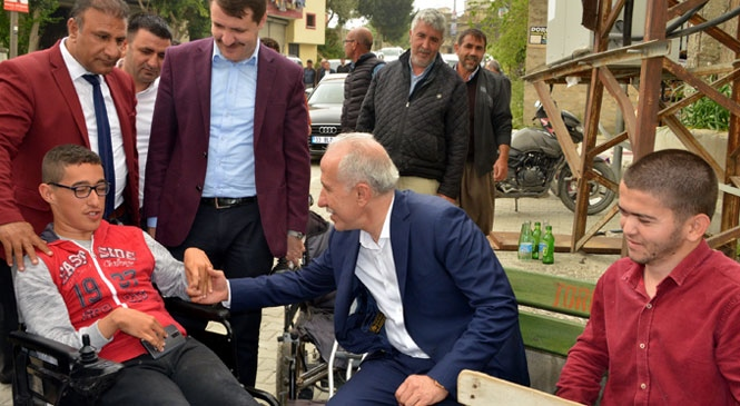 """Akdeniz Belediye Başkanı Gültak: """"Sevgi İle Aşılamayacak Hiçbir Engel Yoktur!"""""""