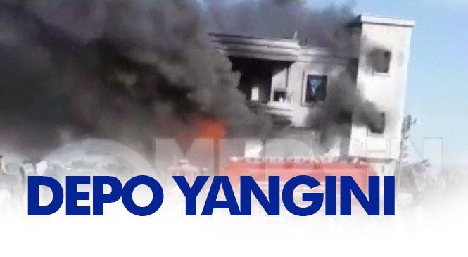 Mersin Tarsus Özel Bahşiş Mahallesindeki İnşaat Halindeki Bir Evin Altında Bulunan Depoda Yangın Çıktı