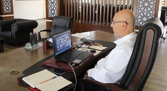 Tarım Bakanı Pakdemirli'ye Tarsus Tarımı Anlatıldı
