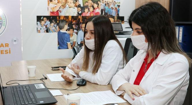 Toroslar Belediyesi'nden, LGS'ye Katılacak Öğrencilere Online Seminer Desteği
