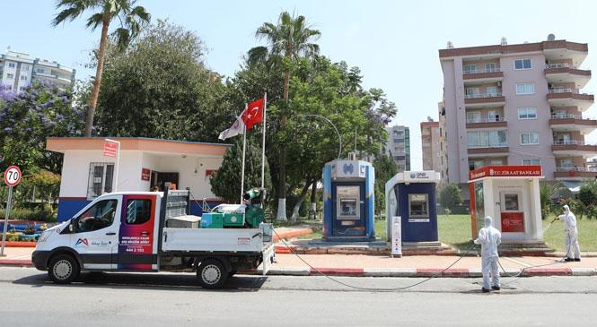 Mersin Büyükşehir, Yeni Normalleşme Sürecinde Dezenfeksiyon İşlemlerini Sürdürüyor
