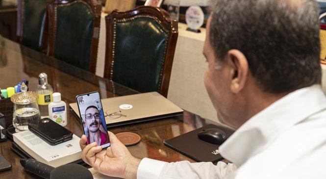 Başkan Seçer, Yks'ye Girecek Volkan Çeliktaş İle Görüntülü Konuşma Yaptı