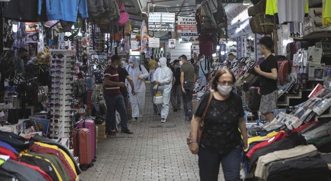Zafer Çarşısı Esnafının Dezenfeksiyon Talebi Anında Yerine Getirildi! Büyükşehir, Tedbirler İçin Esnafı ve Vatandaşları Uyarıyor