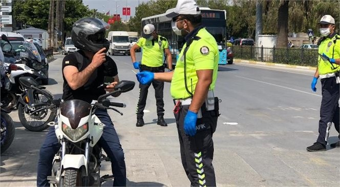 Mersin'de Motosiklet Denetimleri: 19 Bin Lira Ceza Yazıldı, Bin 634 Araç Trafikten Men Edildi