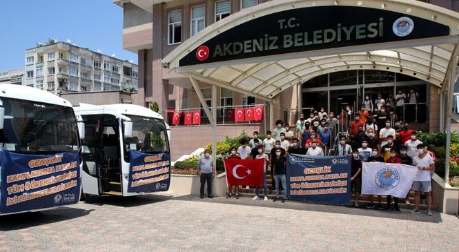 Akdenizli Gençler Yaz Kampında! Kız Öğrencilerin Ardından Erkek Öğrenciler de Gönüllerince Bir Tatil Yapabilecekler