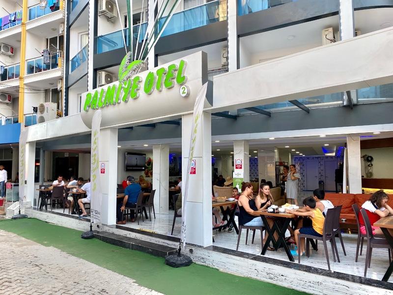 Palmiye Group Yönetim Kurulu Üyesi ve Palmiye Otel Yöneticisi Deniz Aydın ''Hijyen ve Memnuniyet Önceliğimiz''