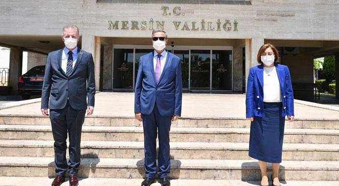 Gaziantep Valisi Gül ve Büyükşehir Belediye Başkanı Şahin'den Vali Su'ya Ziyaret