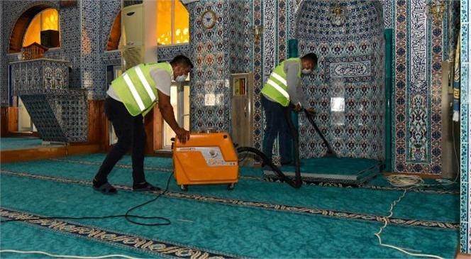 Büyükşehir'den İbadethanelerde Bayram Temizliği! Mersin'de İbadethaneler Bayrama Hazırlanıyor