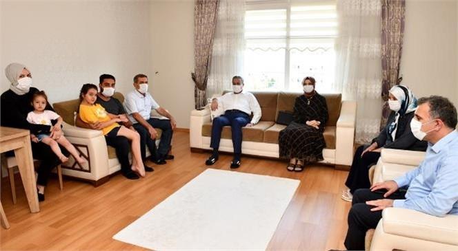 Vali Ali İhsan Su, Şehit Ailelerini Ziyaret Etti