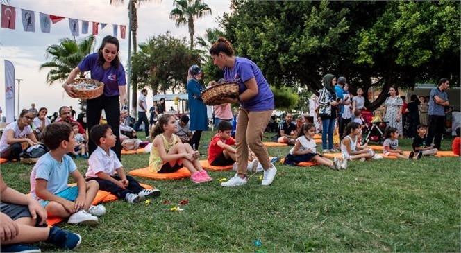 """Mersin'de """"En Eğlenceli Bayram Mersin'de"""" Sloganıyla Kurban Bayramı Boyunca Ailelere Yönelik Ücretsiz 15 Farklı Etkinlik Düzenledi"""