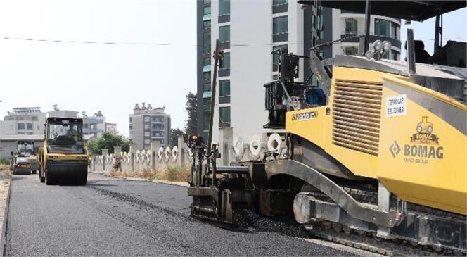 Toroslar'ın Dört Bir Yanında Yol Yapım ve Asfalt Çalışması Devam Ediyor