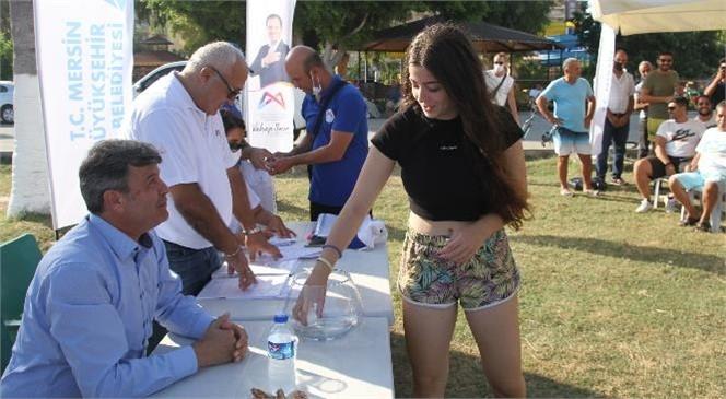 Mersin'de Yazlık Siteler Arası Plaj Voleybol Turnuvası İçin Kuralar Çekildi