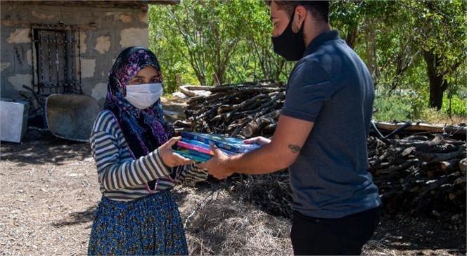 """Gülnar Kırsalından Bir """"Kardelen""""in Hikayesi: Burçin Nar"""