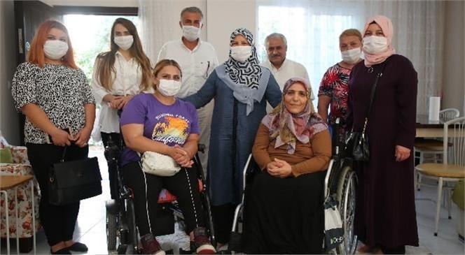 Behiye Gültak, Şehit Ailelerini ve Engelli Vatandaşları Ziyaret Etti