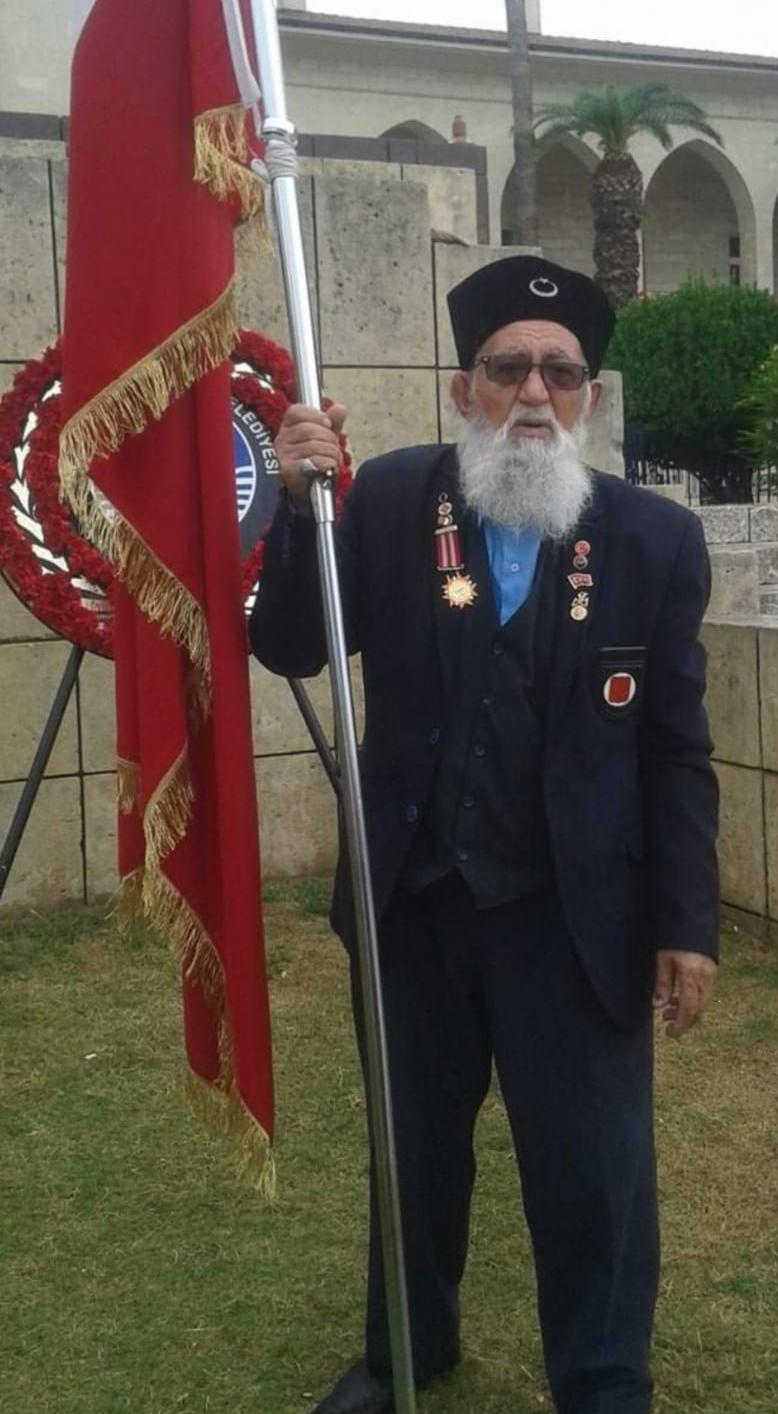 Mersin'de Sakallı Dede İsmiyle Anılan Ali Yıldırım 87 Yaşında Hayatını Kaybetti