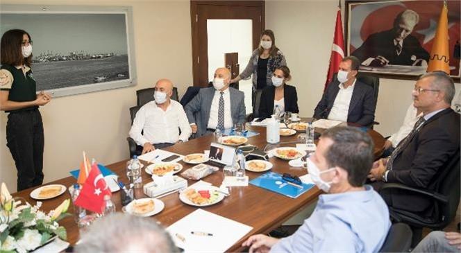 Mersin Büyükşehir Belediye Başkanı Vahap Seçer, OSB'de Yatırımcılarla Buluştu