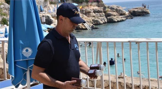 Akdeniz Sahilleri MESKİ Kontrolleri İle Gözetim Altında: Numune Kontrolleri İle Vatandaşlar Denize Güvenle Giriyor