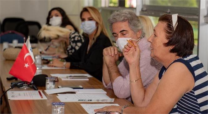 Mersin Kent Konseyi Kadın ve Siyaset Komisyonu, Pandemi Sürecinde Kadına Şiddetin Artmasına İlişkin Toplantı Düzenledi